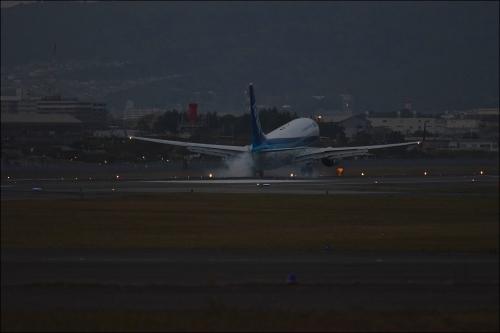 伊丹空港_d0285540_19301055.jpg