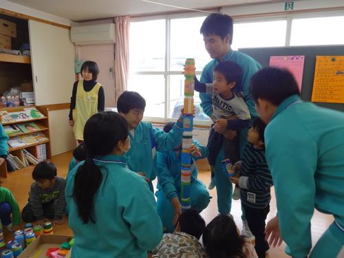 中学生が遊びにきてくれました!_d0166047_1393576.jpg