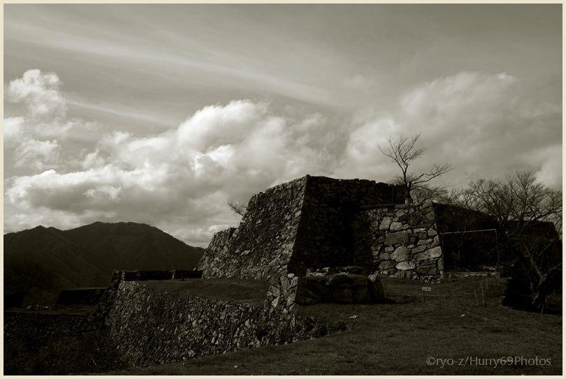 Fragment1/5 #95 Takeda Castle Ruins X-E1_e0063851_18253670.jpg