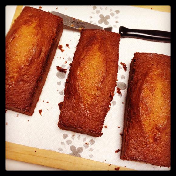 バニラキャラメルバターケーキを焼いて。_b0065587_19242400.jpg