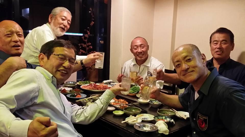 大山倍達総裁時代の兄弟弟子、黒ちゃん、和歌山大会大成功おめでとう。_c0186691_929183.jpg