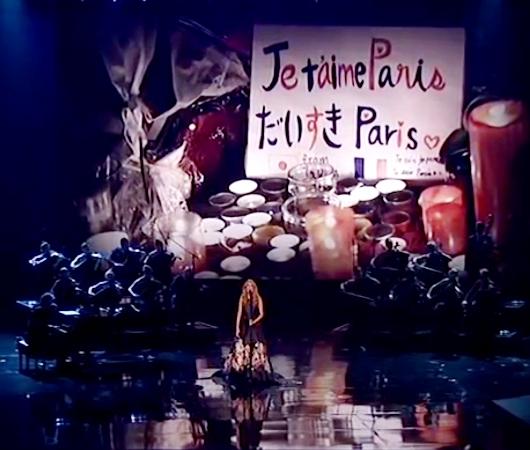 セリーヌ・ディオンさん、パリへ向けて「愛の讃歌」を熱唱!!!_b0007805_036471.jpg