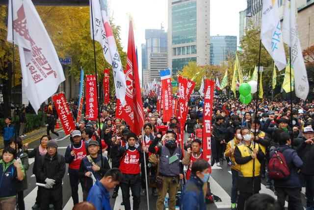 11・14韓国民主労総全国大会~民衆総蜂起へ(写真続報)_d0155415_23222735.jpg