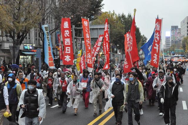 11・14韓国民主労総全国大会~民衆総蜂起へ(写真続報)_d0155415_23224637.jpg
