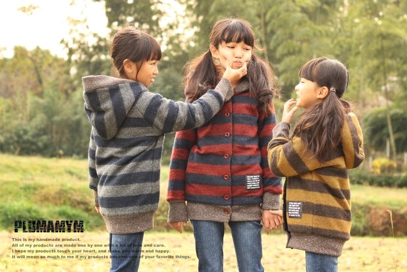 手作りのお揃い服。3姉妹が着ると、なんだかすごくかわいい。
