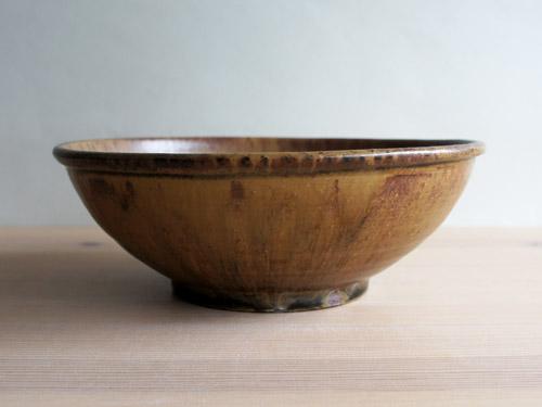 深田容子さんのあめ釉と黒鉄釉のうつわ。_a0026127_16494932.jpg
