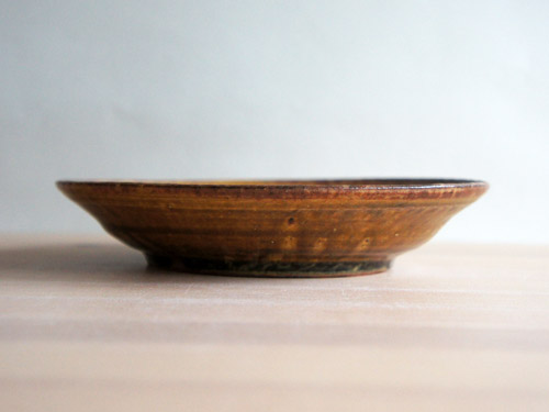 深田容子さんのあめ釉と黒鉄釉のうつわ。_a0026127_17144920.jpg