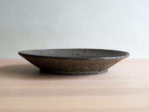 深田容子さんのあめ釉と黒鉄釉のうつわ。_a0026127_17161874.jpg