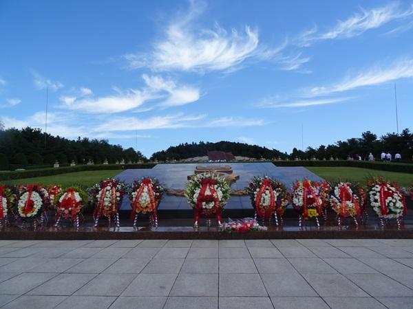 今日は特別な日☆北朝鮮ツアー2015_e0182138_15242334.jpg