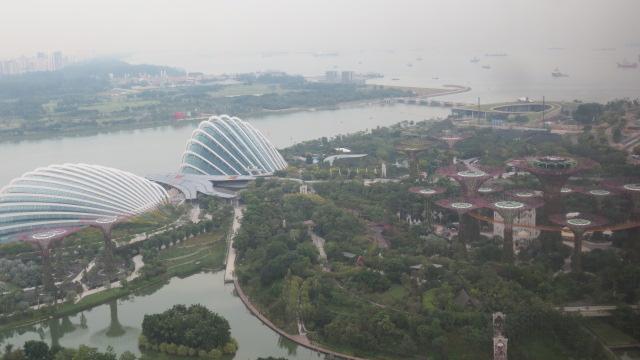 シンガポール旅行記 ①バイ・ザ・ベイとプラナカン_e0212073_1647955.jpg