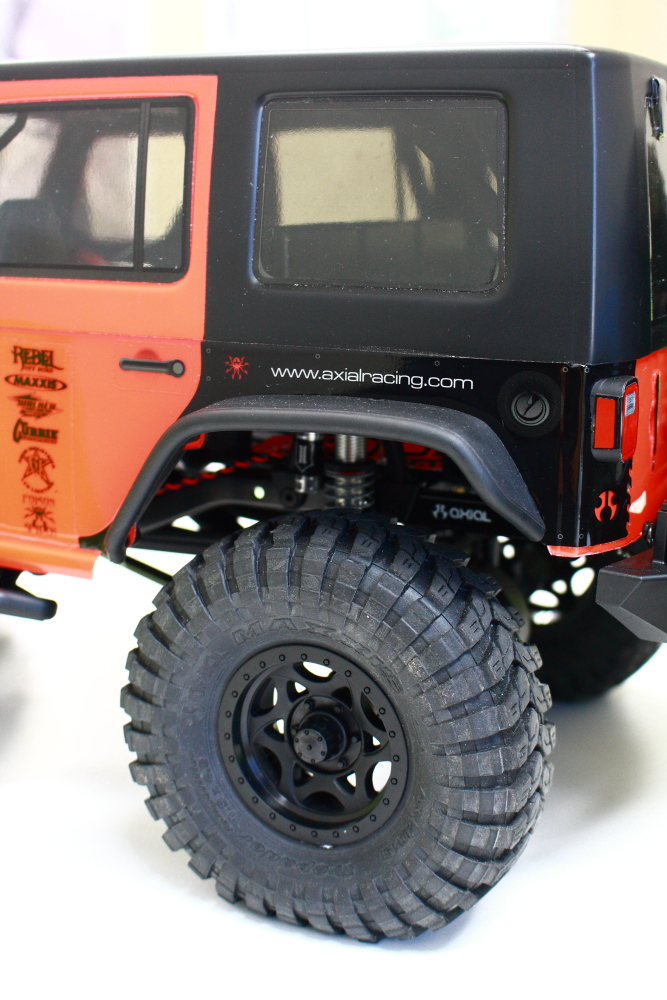 Axial Racing Jeep WRANGLER お取り扱い開始です_f0105425_18453349.jpg