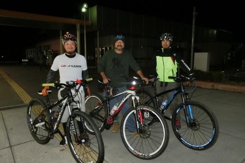 夜サイクリングはロードからMTBに!_b0332867_22405162.jpg