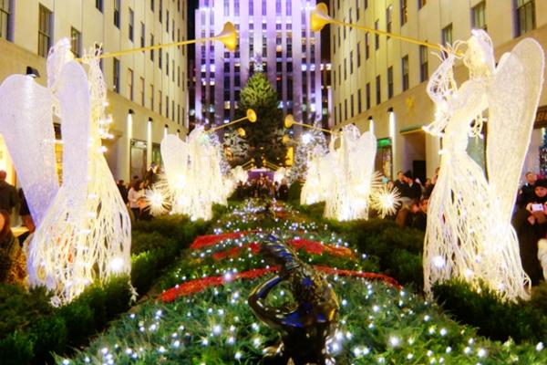 点灯式前のロックフェラーセンターのクリスマスツリー 2015_b0007805_2343415.jpg