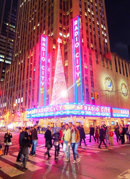 NYミッドタウン6番街沿いのクリスマスの飾りつけ_b0007805_844585.jpg