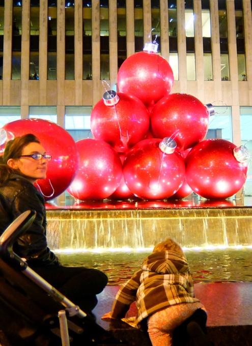 NYミッドタウン6番街沿いのクリスマスの飾りつけ_b0007805_853554.jpg