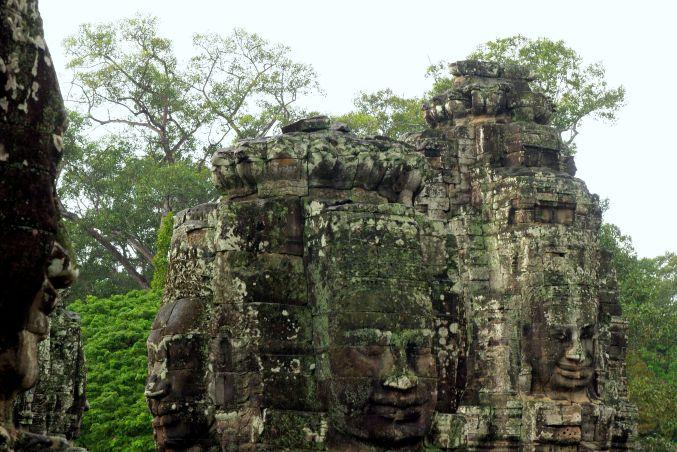 男の一人旅 ~カンボジア アンコール・トム~_d0145934_1773062.jpg