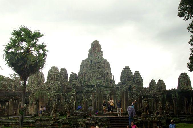 男の一人旅 ~カンボジア アンコール・トム~_d0145934_1781926.jpg