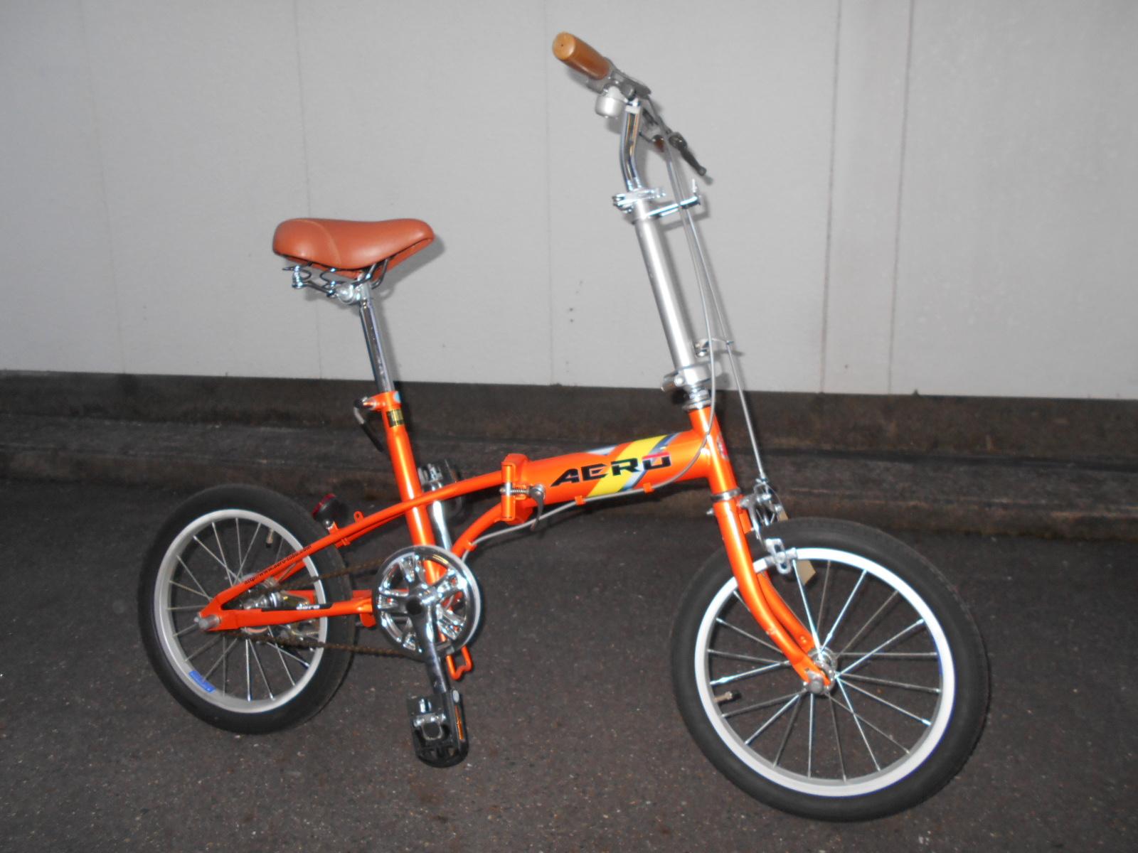 キズあり特価の折り畳み自転車あります_b0189682_9452466.jpg