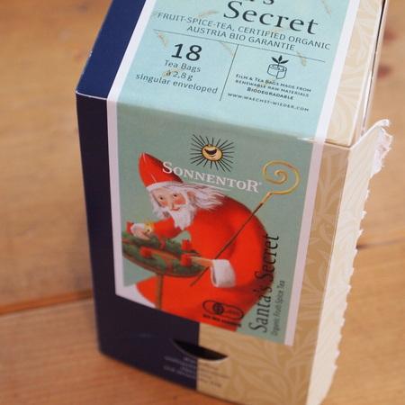 サンタさんの秘密のお茶のお味は?_a0292194_15543598.jpg