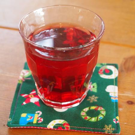 サンタさんの秘密のお茶のお味は?_a0292194_15553294.jpg