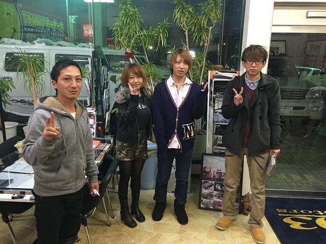 11月29日 日曜日!青森E様 納車!店長のニコニコブログ!_b0127002_2219446.jpg