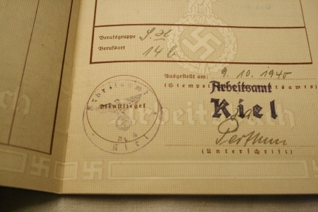 2015 OCT ヨーロッパ後記24(入荷 ナチスドイツ紙物 ヒトラー肖像)_f0180307_03000541.jpg