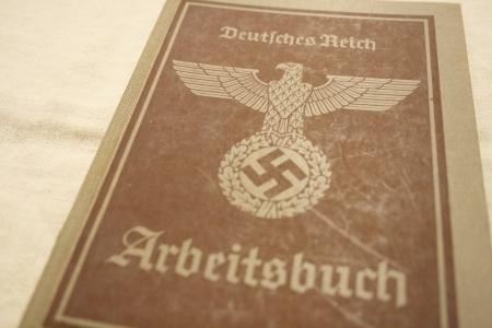 2015 OCT ヨーロッパ後記24(入荷 ナチスドイツ紙物 ヒトラー肖像)_f0180307_03001658.jpg