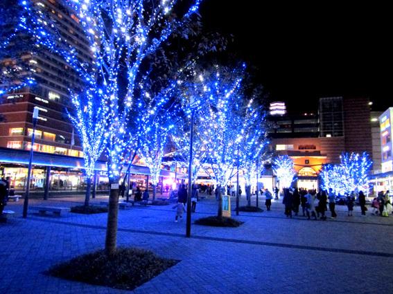 ブルーの世界☆大分駅前イルミネーション_a0329820_11424302.jpg
