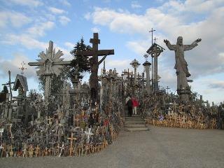 十字架の丘_リトアニア_d0348249_13314865.jpg