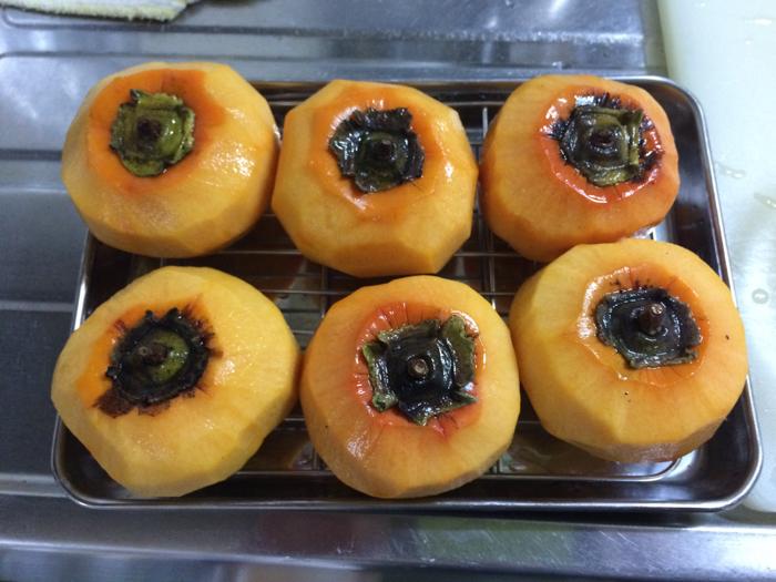 冷蔵庫で干し柿を作ってみた。_d0068664_23342550.jpg