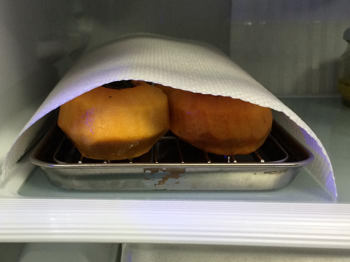 冷蔵庫で干し柿を作ってみた。_d0068664_23342868.jpg