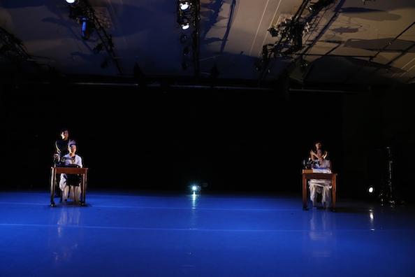 ダンスと音楽と最新映像のコラボ「In the Box」NY公演_c0050387_1636226.jpg