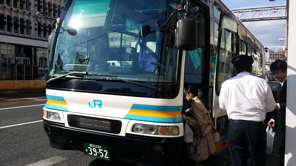 上甲正典監督を偲ぶ会が、松山国際ホテルで親しい人230人でしめやかに行われました。_c0186691_2312962.jpg