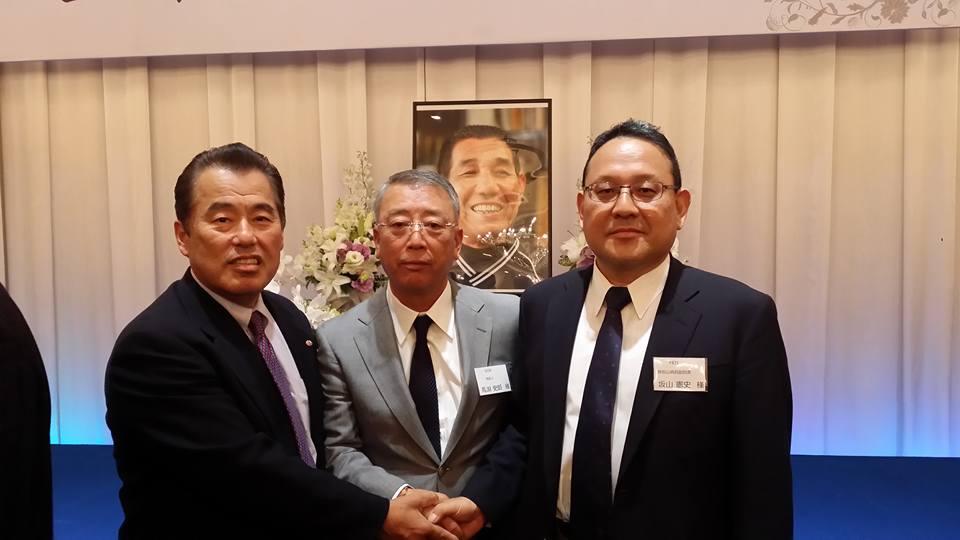 上甲正典監督を偲ぶ会が、松山国際ホテルで親しい人230人でしめやかに行われました。_c0186691_2331812.jpg