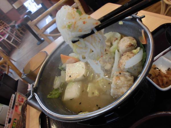 すき家の鶏つくね鍋定食     東淀川大桐店_c0118393_9281345.jpg