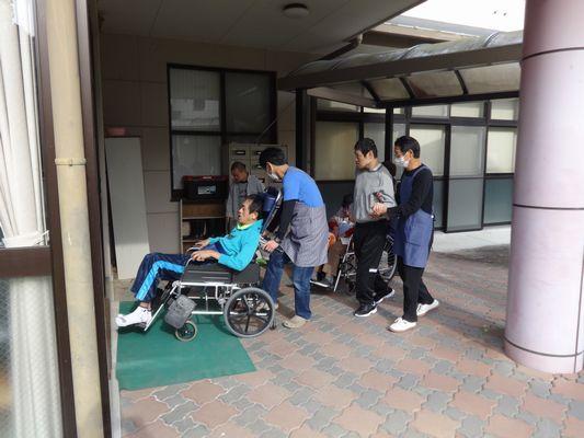 11/29 避難訓練&日曜喫茶_a0154110_9381036.jpg