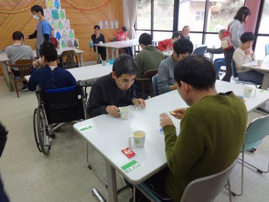 11/29 避難訓練&日曜喫茶_a0154110_9382485.jpg