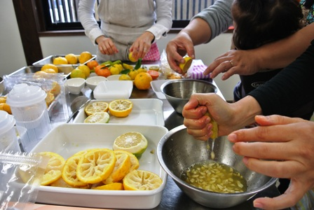 柑橘たっぷりポン酢作り講座 開催しました♪_d0298850_2372699.jpg
