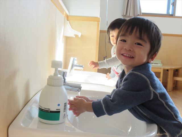 保育参加~乳児~_f0327175_09010135.jpg