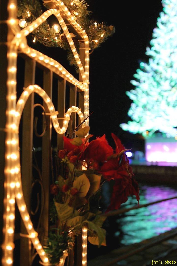 クリスマスファンタジーの物足りなさ_a0158797_23212728.jpg
