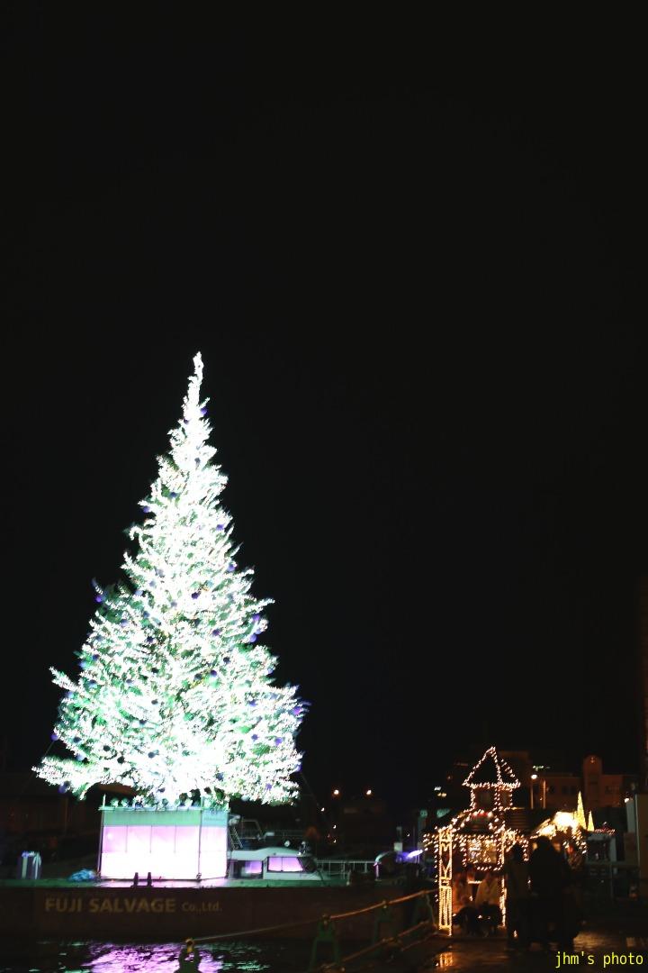 クリスマスファンタジーの物足りなさ_a0158797_23301474.jpg