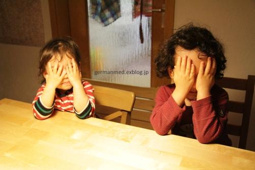 妹こぐま2歳、動画に挑戦_d0144726_6345217.jpg