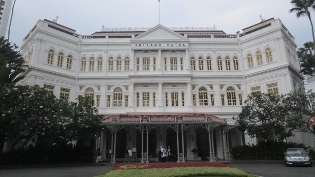 シンガポール旅行記 ④ラッフルズホテルとナイトサファリ_e0212073_1833266.jpg