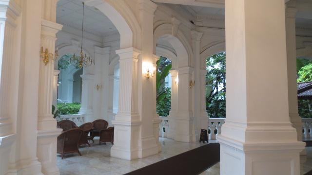 シンガポール旅行記 ④ラッフルズホテルとナイトサファリ_e0212073_18343874.jpg