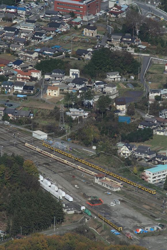煙の無い汽車よりも西武電車 - 2015年晩秋・秩父 -  _b0190710_2393567.jpg