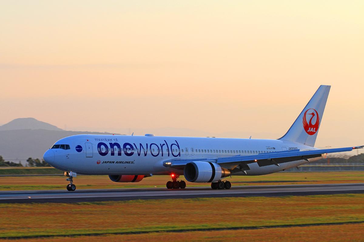 JAPAN AIRLINES。_b0044115_11245818.jpg