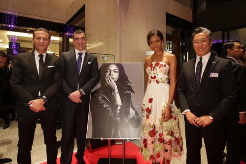 映画 「007 SPECTRE 」出演女優ナオミ・ハリス来日_f0039351_1736189.jpg