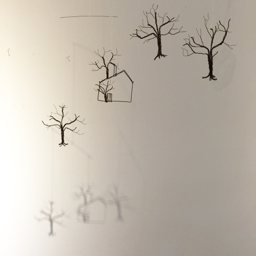 はりがね堂 トチオサヤカ作品展「はなればなれに」終了しました。_e0060555_08232609.jpg