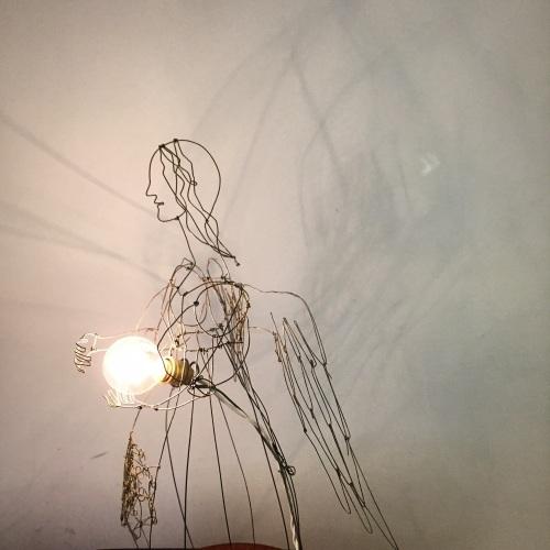 はりがね堂 トチオサヤカ作品展「はなればなれに」終了しました。_e0060555_09051903.jpg