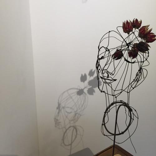 はりがね堂 トチオサヤカ作品展「はなればなれに」終了しました。_e0060555_09093386.jpg